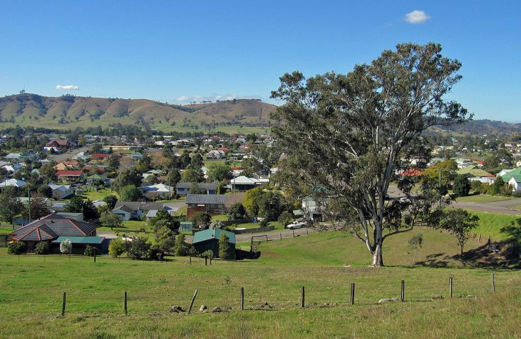 1200px-Dungog_9022
